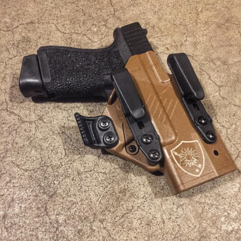 Appendix Carry Holster - the RCS Eidolon, House Morningwood FDE version