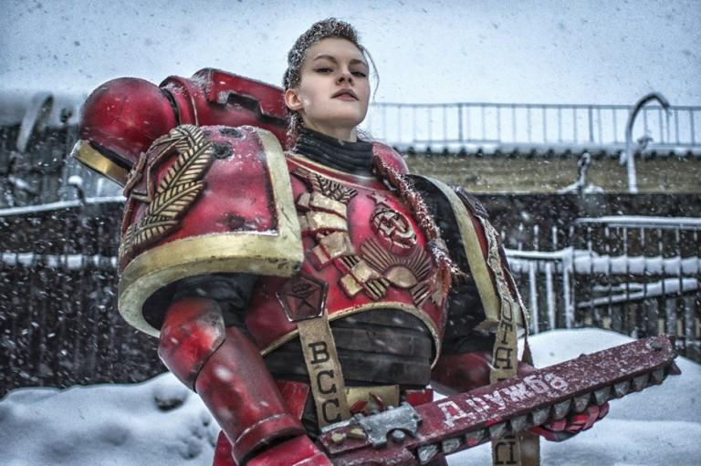 Female space marine cosplay Khelga Khromaya.