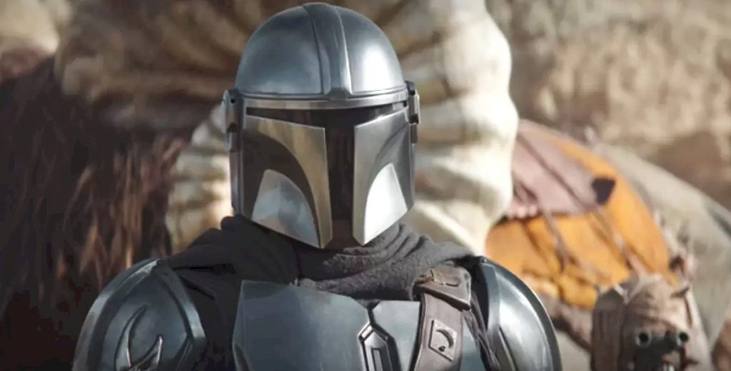 wearing beskar armor on Tattooine.