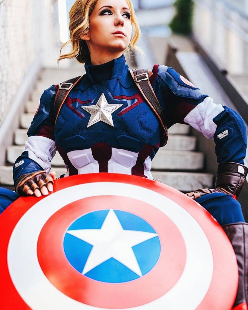 Female Capt. America: that's the quintessential Amazon USA.